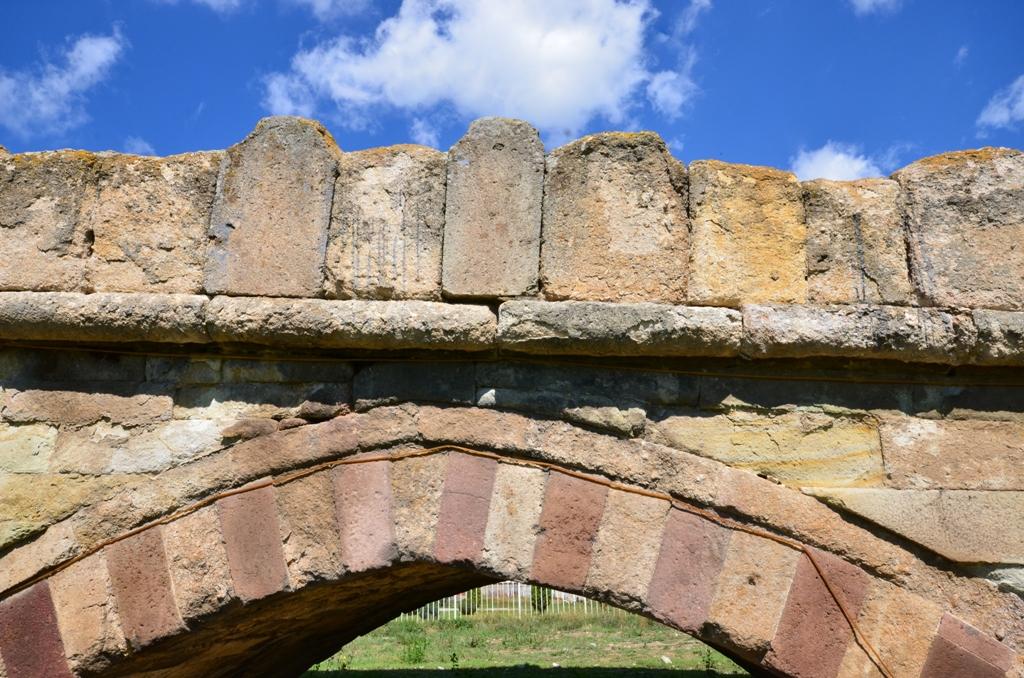 stone bridge vushtrri ura e gurit