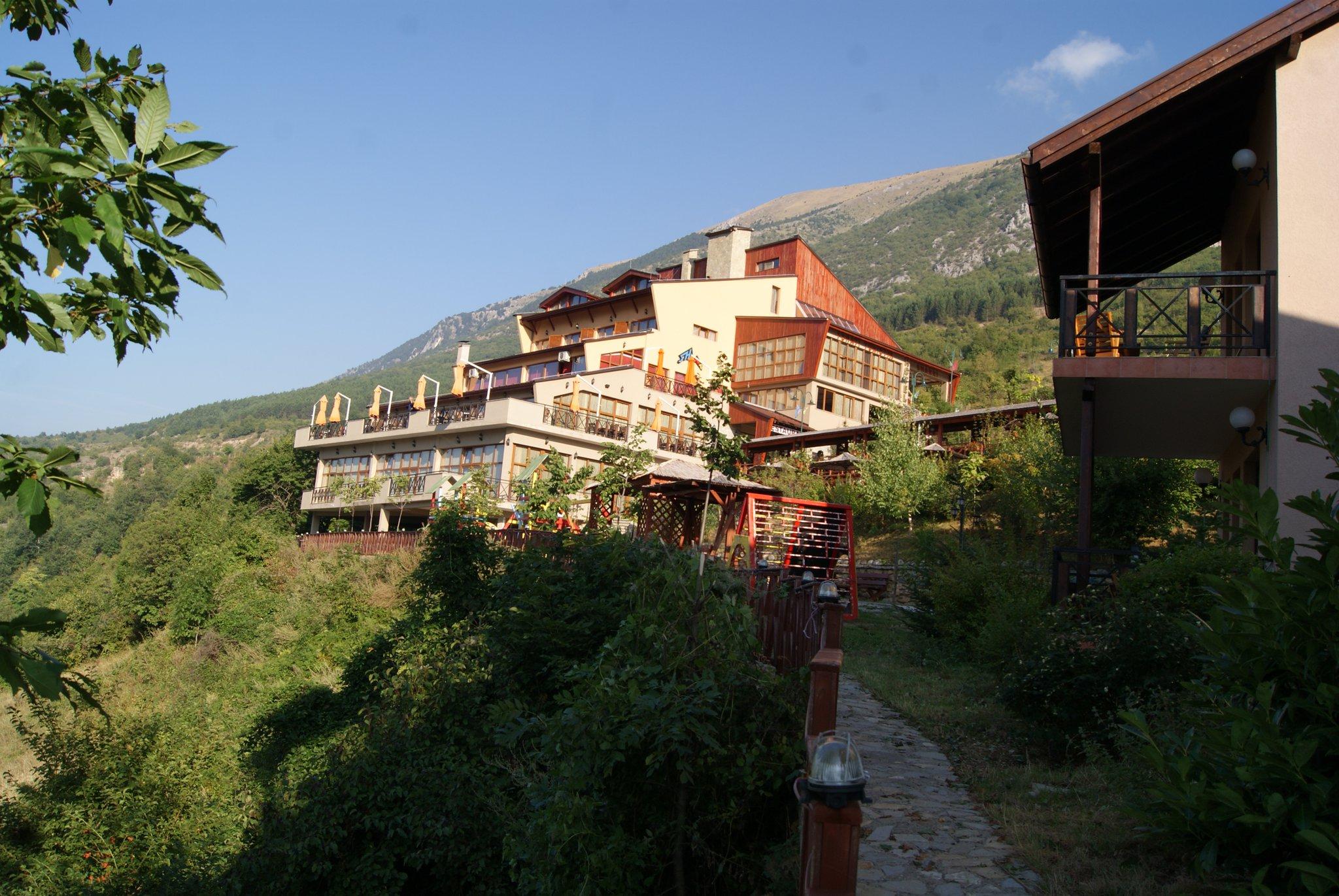 Hotel restaurant sharri prevalle